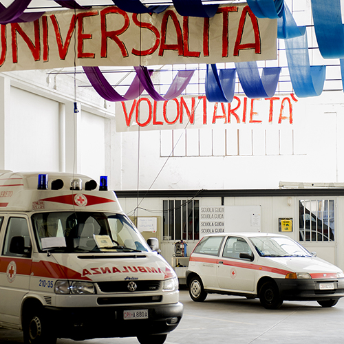 Volontari in prima linea: Aricar racconta le corse in ambulanza